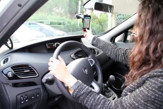 ¿Puedo conducir con mascarilla y guantes en el estado de alarma? - SoyMotor.com
