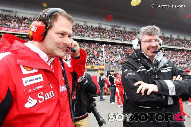Aldo Costa y Ross Brawn, en 2010 - LaF1