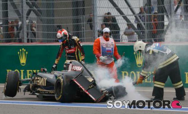 Grosjean da las gracias a la seguridad tras su accidente - LaF1