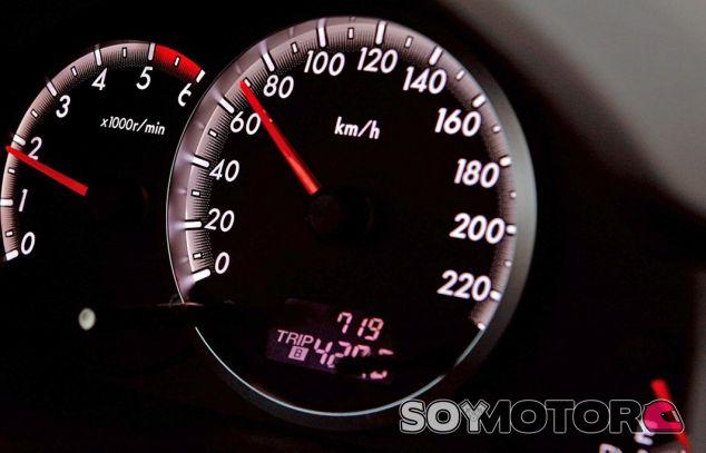 El freno motor es una técnica perfecta para reducir la velocidad de manera progresiva - SoyMotor