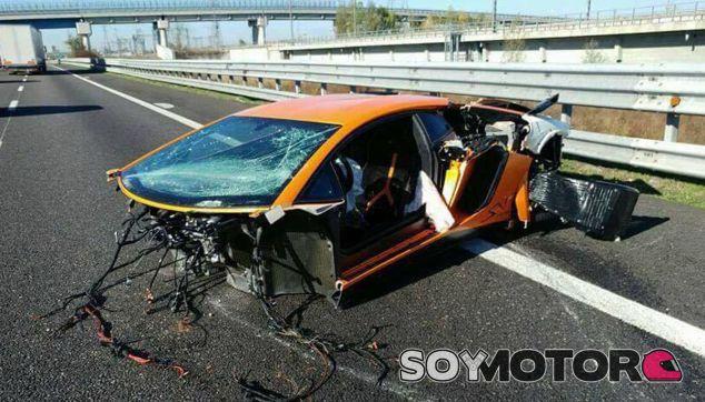 Este es el estado final del Lamborghini Aventador SV tras impactar contra el guardarraíl - SoyMotor
