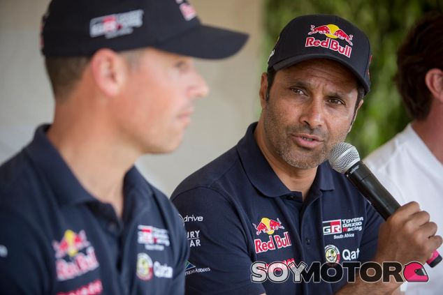 Nasser Al-Attiyah antes de que comenzase el Dakar - SoyMotor