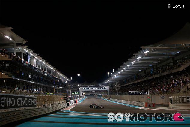 Romain Grosjean en la noche de Abu Dabi - LaF1