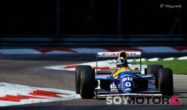 Damon Hill en 1993, con su Williams FW15C