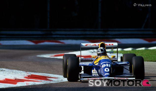 Damon Hill en 1993, con su Williams FW15C