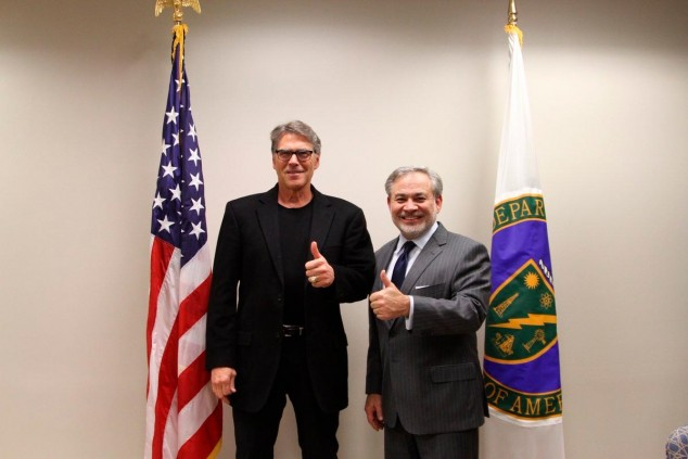 Rick Perry (izquierda) y Dan Brouillete (derecha) - SoyMotor.com