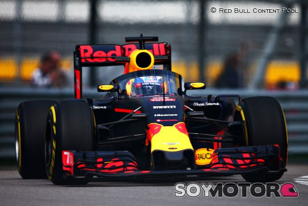 Daniel Ricciardo con el Aeroscreen en Sochi - LaF1