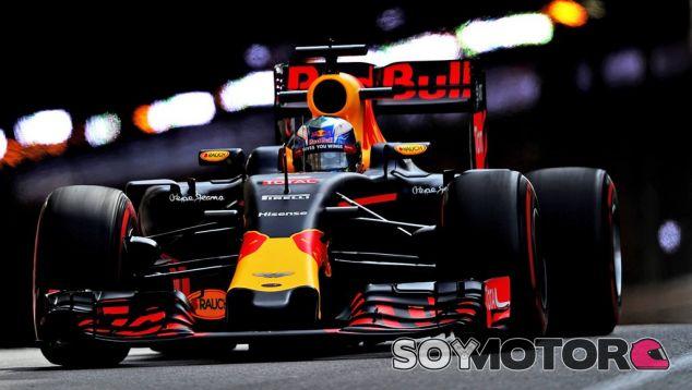Ricciardo ha sido el más rápido de la segunda jornada de entrenamientos libres - LaF1