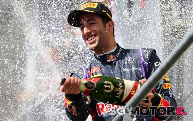 Alonso duda que Ricciardo pueda alcanzar a los Mercedes - LaF1.es