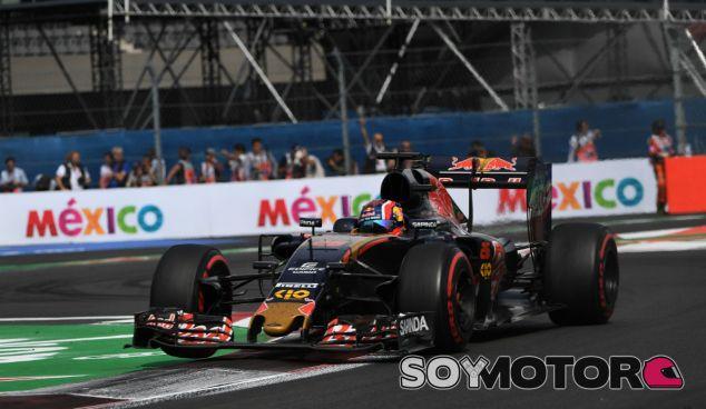 Kvyat durante el Gran Premio de México 2016 - SoyMotor