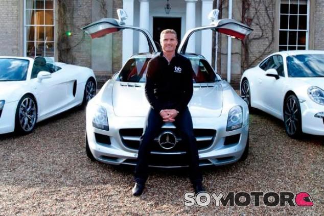 Coulthard no se conforma: ha encargado un Aston Valkyrie y un Mercedes-AMG One SoyMotor.com