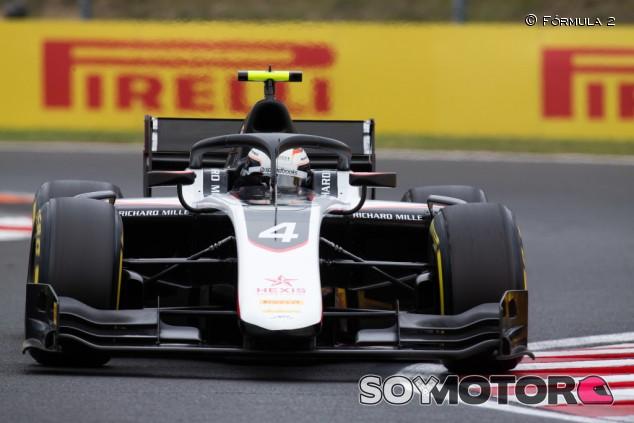 De Vries brilla bajo la lluvia en Hungría para conseguir la Pole - SoyMotor.com