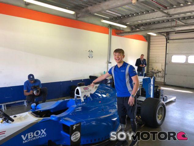 Billy Monger y su test con un F1 – SoyMotor.com