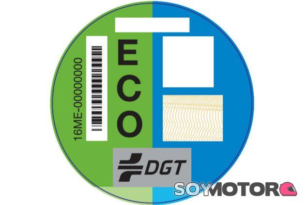 Etiquetas de la DGT - SoyMotor.com