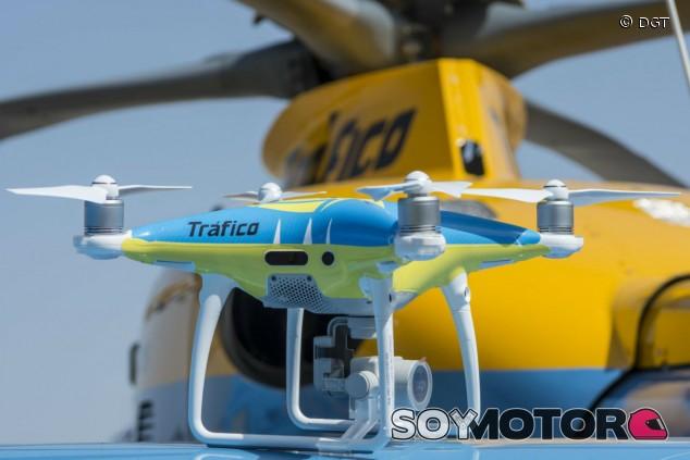 Los drones de la DGT empiezan a multar desde el 1 de agosto - SoyMotor.com