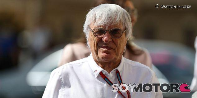 Ecclestone, durante el Gran Premio de Abu Dabi 2016 - SoyMotor