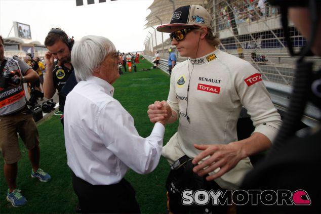 Bernie Ecclestone junto a Kimi Räikkönen - LaF1