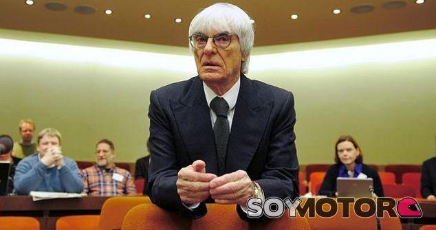 """Bernie Ecclestone, confiado en su juicio: """"Soy optimista"""""""