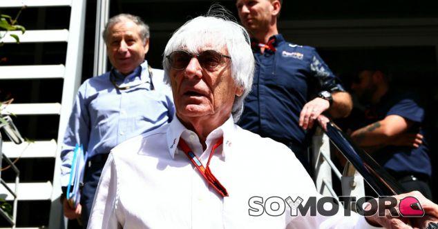 Ecclestone, durante un Gran Premio esta temporada - LaF1