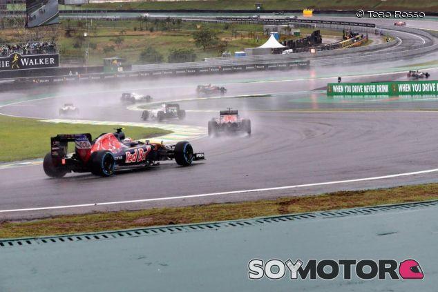Los pilotos están bastante limitados en sus peleas en pista - SoyMotor