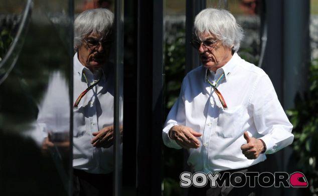 Bernie Ecclestone está en desacuerdo con la FIA y los equipos en relación a los motores - LaF1