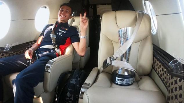 """Red Bull resalta a Albon: """"Ha resistido a las críticas y se ha hecho fuerte"""" - SoyMotor.com"""