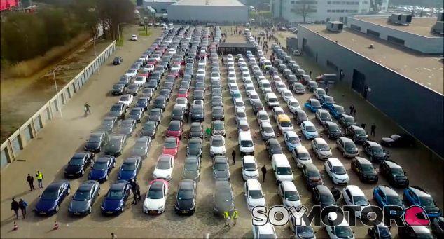 Los vehículos eléctricos nos invaden: récord mundial en Holanda - SoyMotor.com