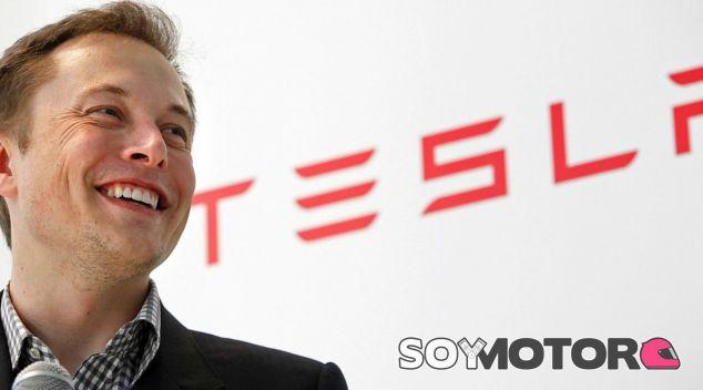 Elon Musk borra los perfil de Facebook de Tesla y SpaceX - SoyMotor.com