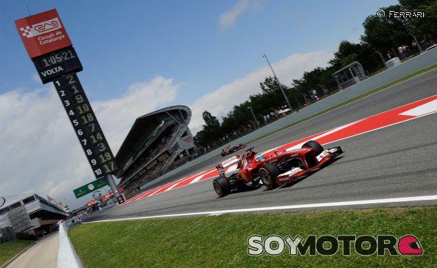Fernando Alonso durante el Gran Premio de España de 2013 - LaF1