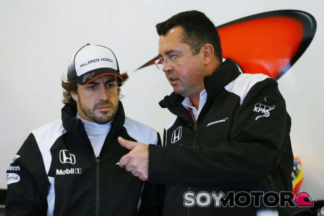 Boullier desea volver a ver a Alonso en el MP4-31 - LaF1