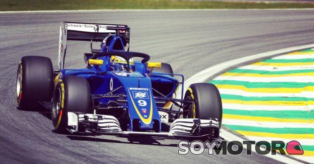 Ericsson probando el halo durante el GP de Brasil - LaF1