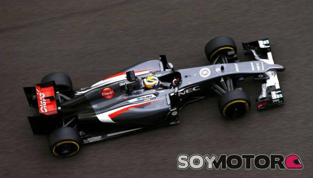 Marcus Ericsson en los tests de Abu Dabi - LaF1