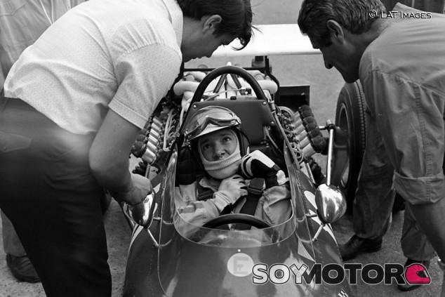 Fallece Ernesto 'Tino' Brambilla a los 86 años - SoyMotor.com