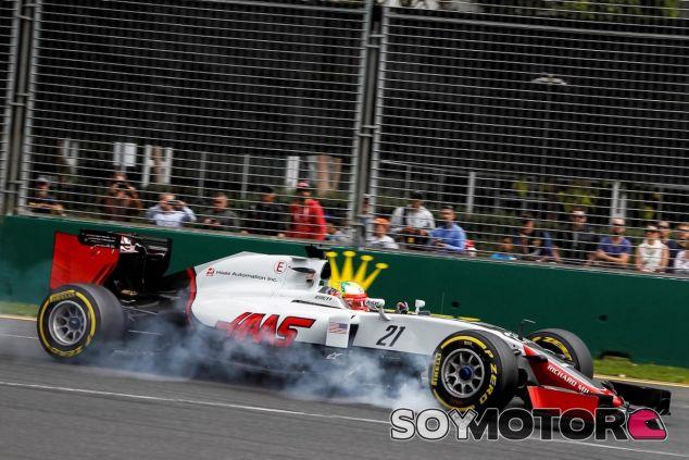 Esteban Gutiérrez bloquea frenos en Australia - LaF1