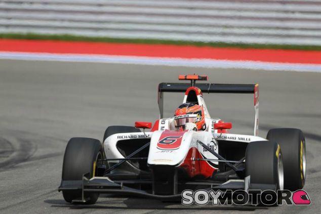 Esteban Ocon quiere ganarse un hueco en la Fórmula 1 - LaF1