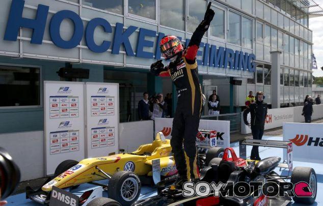 Esteban Ocon en una imagen de archivo de 2014 - LaF1