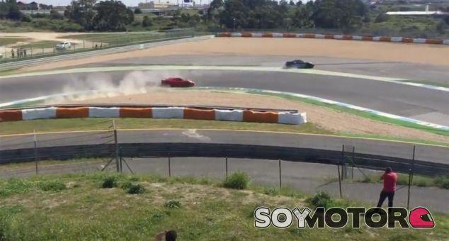 Un Ferrari 488 GTB choca en Estoril - SoyMotor.com
