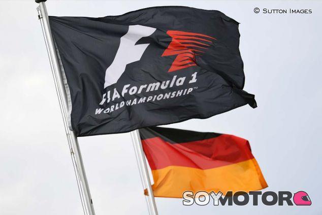 Bandera de la F1 y de Alemania en Hockenheim - SoyMotor.com