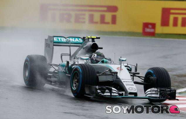Rosberg, bajo la lluvia en Suzuka - LaF1