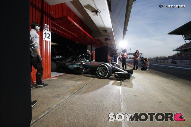 Nico Rosberg rodará mañana por la mañana, Lewis Hamilton lo hará por la tarde - LaF1