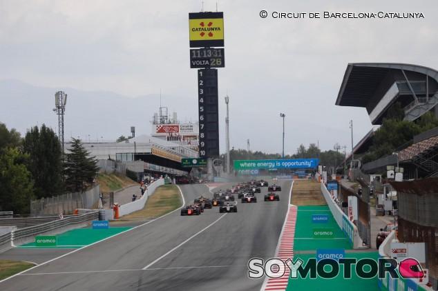 Drugovich arrasa en España con Mick Schumacher en el podio - SoyMotor.com