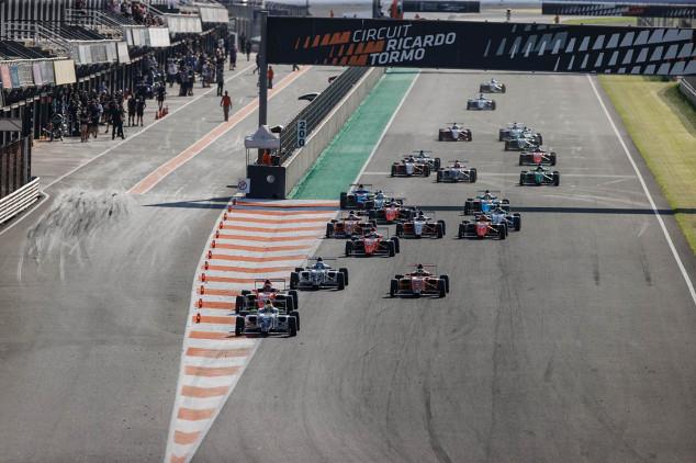 Ogaard y Martí, doblete de Campos Racing en Valencia - SoyMotor.com