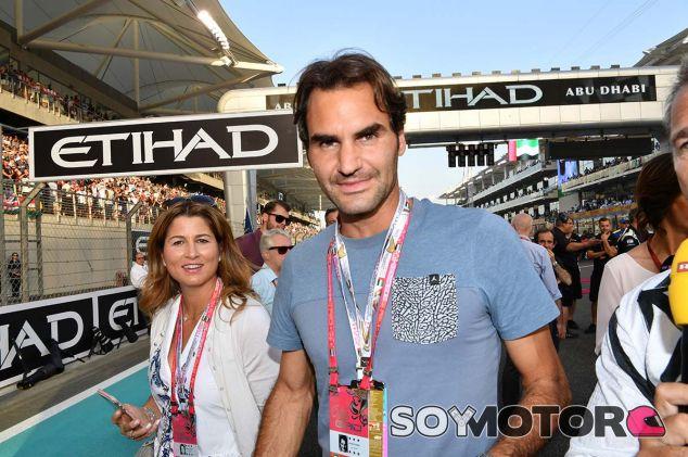 Roger Federer en Abu Dabi 2016 - SoyMotor