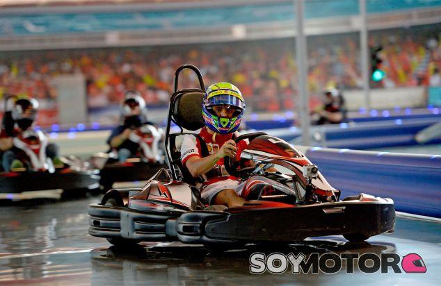 Felipe Massa en una carrera de karts previa al Gran Premio de Abu Dabi - LaF1