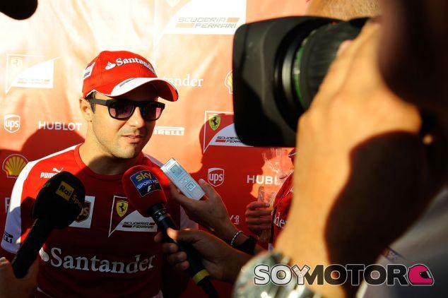 Felipe Massa atiende a los medios en Japón - LaF1