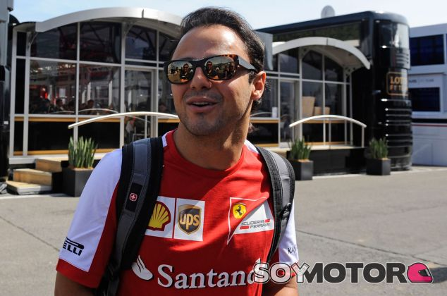 Felipe Massa en el paddock de Spa-Francorchamps
