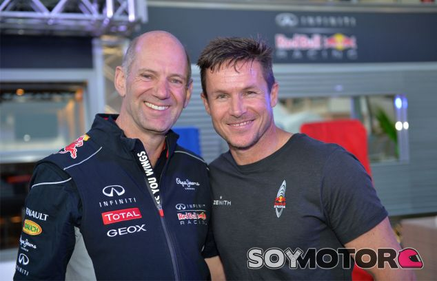 Felix Baumgartner junto a Adrian Newey - LaF1