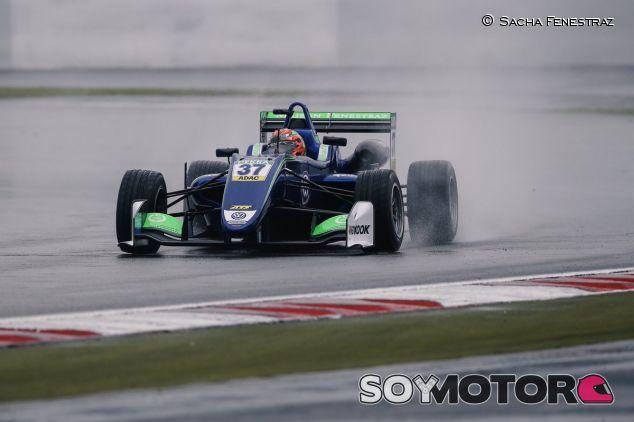 El coche de la Fórmula 3 en 2017 – SoyMotor.com