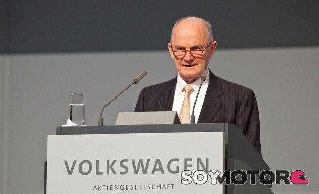 Ferdinand Piëch pretende romper cualquier lazo de unión con el Grupo Volkswagen - SoyMotor
