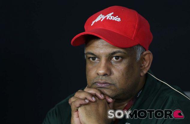 Tony Fernandes en Marina Bay - SoyMotor.com